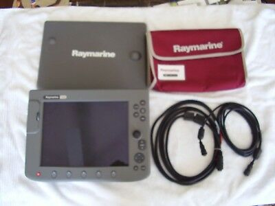 Raymarine C120 GPS Chartplotter, FIsh Finder Depth finder, with Sandisk card