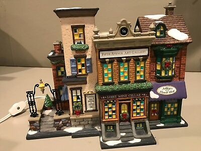 Department 56 Christmas In The City Series 5th Avenue Shoppes    MINT