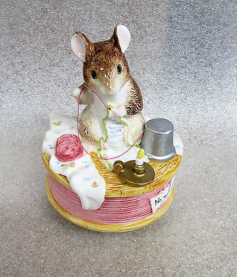 Beatrix Potter Brahms Lullaby Sewing Mouse Tailor Gloucester Music Box Figurine
