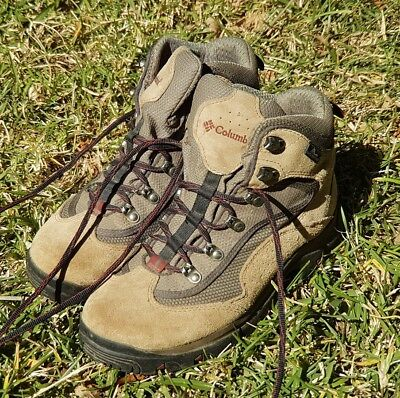 Columbia hiking boots Womens size 8.5 US 6.5 UK or 25 CMs
