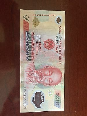 Vietnam 200,000 Dong Currency VND Polymer Banknote