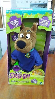 Halloween 1999 Fright Light Scooby Doo Scared Silly Plush Great Dane New in Box!