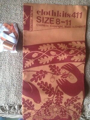 Clothkits Girls Skirt Vintage 1970's Autumn Birds Leaves Acorns Orange Cotton