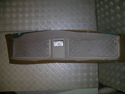D2 Land Rover Discovery roof storage nets
