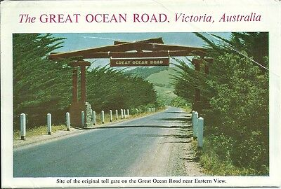 Color Foldout Postcard , The Great Ocean Road , Victoria . 11 views (C)