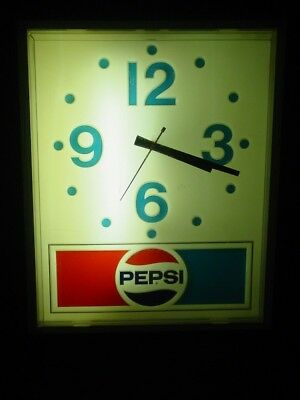 Vintage Lighted Pepsi Cola Collectible Electric Pepsi Wall Clock Working