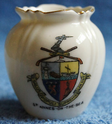 Crested China - St.Annes-on-the-Sea - Vase - Arcadian