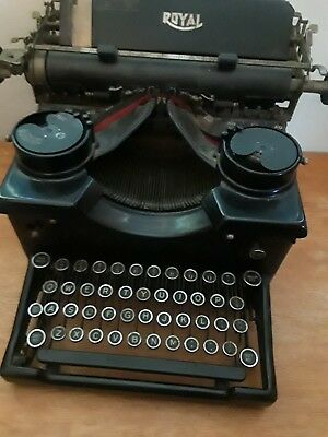 """1930's Royal Model """"o"""" Touch-Control Manual Portable Typewriter Black ~ Works"""