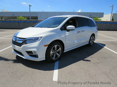 2018 Honda Odyssey Touring Automatic Touring Automatic New 4 dr Van Automatic Gasoline 3.5L V6 Cyl White Diamond Pear
