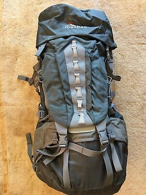 Macpac Backpack Torlesse 65Litre - Men Size S2 (Excellent Condition)