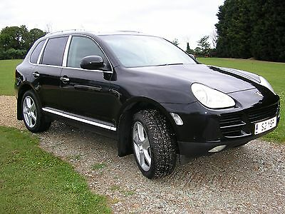Porsche Cayenne With Driver For Hire For Tv / Film Work Prop