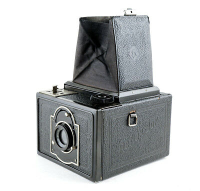 "KW REFLEX BOX ""SLR CAMERA"" c1933 - 120 film for 6x9 Exposures"