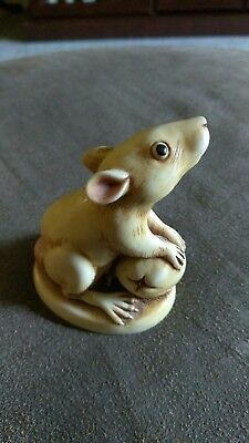 Harmony Kingdom Finky. Retired Mouse made In England 2000.