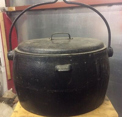 Old Welsh Farmhouse Cast Iron Oval Cooking Pot Gypsy Pot Romany Pot~CANNON 4 gal