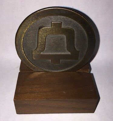 Bell System End Of An Era Commerative Medallion And Stand
