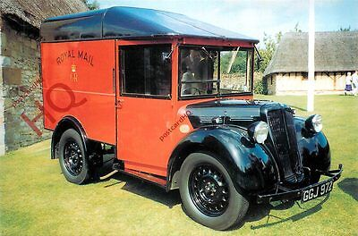 Picture Postcard:;Royal Mail Van, 1933 Morris