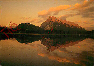 Picture Postcard:;Mount Rundle