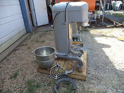 Hobart H-600 60 QT Bakery Mixer Single Phase 230V Powered W/ Hook Paddle & Whisk