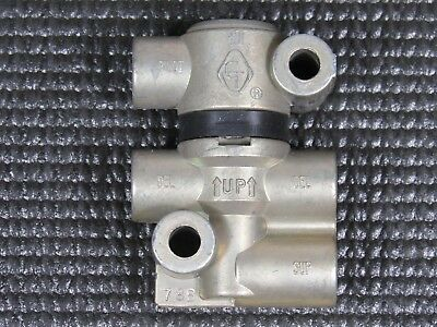 Rapid Dump Air Suspension Valve Velvac 032195 Bendix TR3 Humphery 250A
