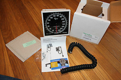 Welch Allyn 7670-02 767 Wall Aneroid with 8' Coiled Tubing New In Box