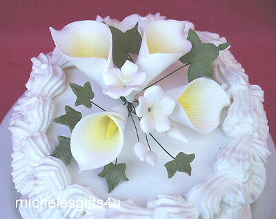 Gum Paste White Calla Lilies with Yellow Centers Stephanotis Sugar Flowers