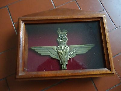 BRITISH PARACHUTE PARATROOPER BIG BRONZE BADGE IN FRAME LOOK SCANS 200mm