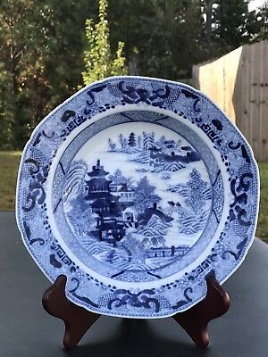 1.Antique Chinese Export Porcelain  Blue And White Plate