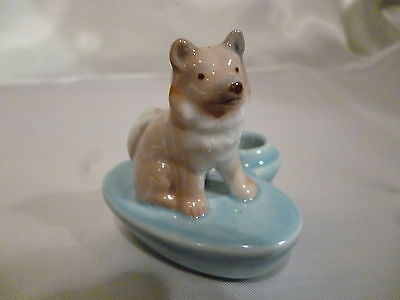 Wade Zoo-Light of a Husky on Blue Candle Holder C:1959