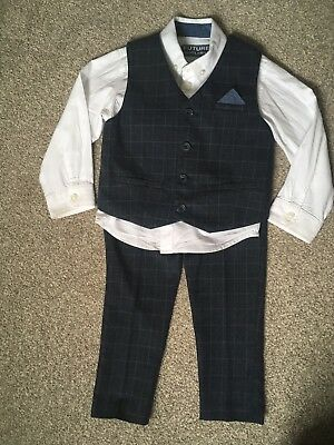 Boys 3 Piece Navy Blue Suit Age 2-3