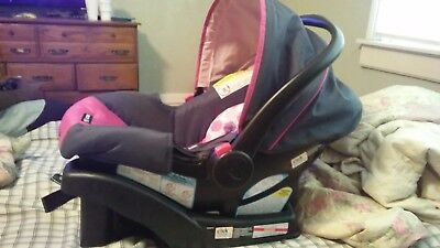 Graco® SnugRide Click Connect 30 LX Infant Car Seat