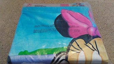 "Disney Store "" Minnie Mouse "" Fun Sun Large Beach Towel ( NOS / Sealed )"