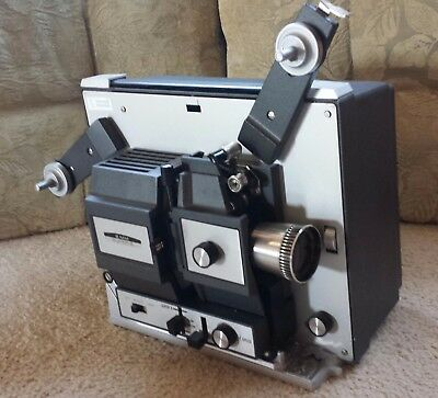 Vintage Bell Howell Autoload 8MM Super 8 Model 466A Movie Projector