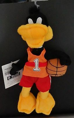 Warner Brothers Daffy Duck Basketball Player #1 bean bag plush 2000-New-w/tag