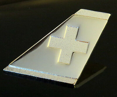 Pin SWISS INTERNATIONAL AIRLINES logo Pin for Pilots Crew silver metal pin