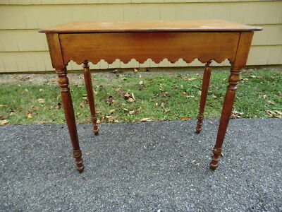 Antique Early American Scalloped Table