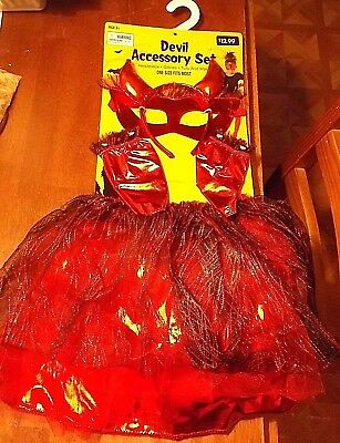 Girls Devil Accessory Set. Ages 3+/One Size Fits Most Halloween Costume  NEW