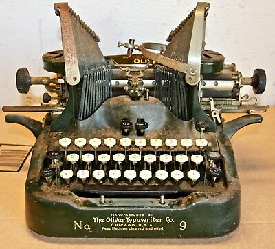 Chicago IL - OLIVER Batwing TYPEWRITER No 9 Dated 1915-19 Restoration Project