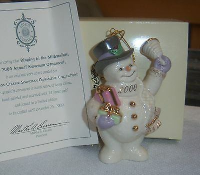 2000 LENOX XMAS TREE SNOWMAN ORNAMENT RINGING IN THE MILLENIUM Gold Accent NOS