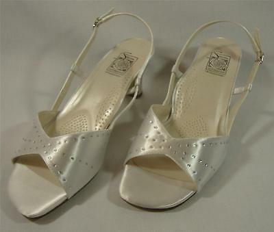 NEW Special Occasions by Saugus Shoe ADELLE 2530 White Satin Size: 8