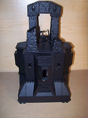 Warhammer 40k - Converted Imperial Bastion with an Arcane Ruins shrine