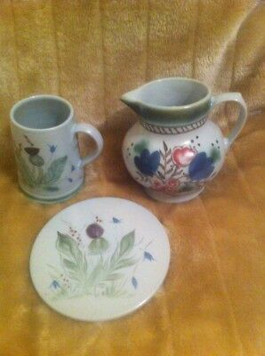 Buchan Stoneware Portobello Edinburgh Thistle Straight sided Mug Jug & Trivet