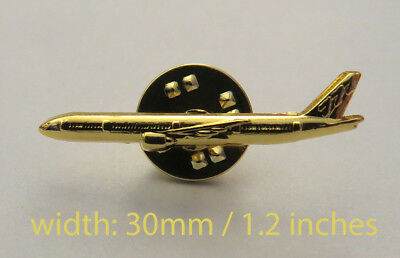 Pin Airbus Boeing 777 Sideview Airplane 30mm Pin Gold for Pilots Crew B777