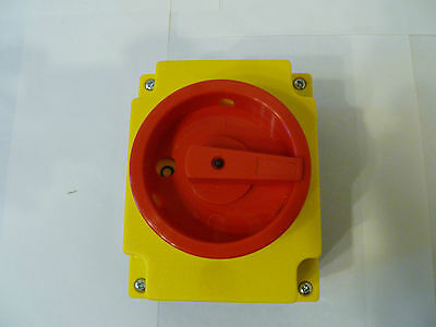 Abb Surface Mounting Switch 9.00 Kw 3 Phase+N (Brand New In Box)