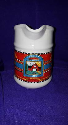 Sweet Meadows Dairy 1Liter Pitcher; Loomco Packing, Reynolds Penn