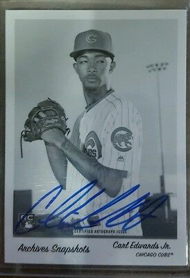 2016 topps snapshots black and white auto of card of carl edwards jr. Cubs 7/10