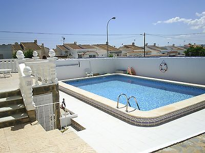 Detached villa with pool. SkyTV Wifi, AC, Torrevieja SPAIN. 2 weeks JULY £895