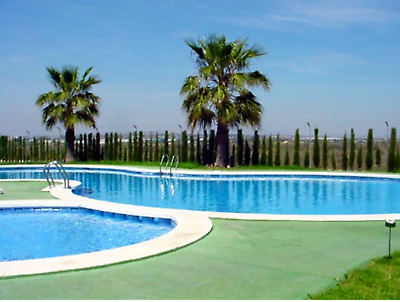 10 days in HOLIDAY APARTMENT. Pool, AC, SkyTV Wifi SPAIN  December £250 Incl