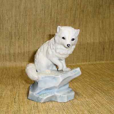 1990 Polar Expedition Collection Arctic Fox 4 3/4 Inch Porcelain Figurine