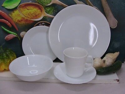 Corelle by Corning - One x 5 piece Dinner Setting in Winter Frost White finish