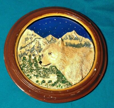 Vintage Nature 3D Relief Plate Wolf Mountains Night Sky Ceramic/Plaster Wolves